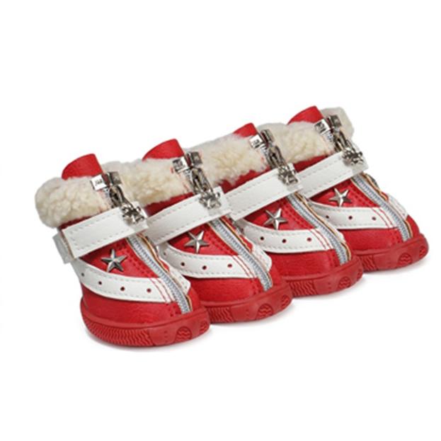 Ботинки на меху красные